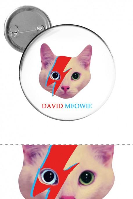 "Big button ""David Meowie"""